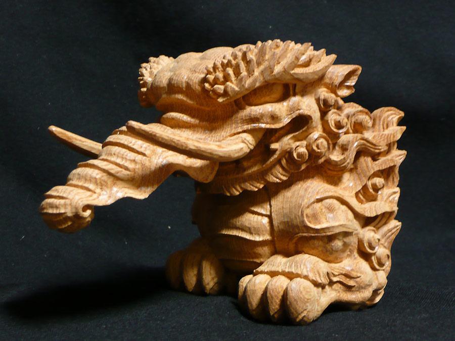 木鼻彫刻「獏」